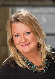 Pam Handegard Loan officer headshot