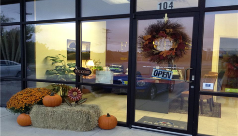 Farmers agency decorated for fall