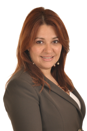 Anett Sarmiento Agent Profile Photo