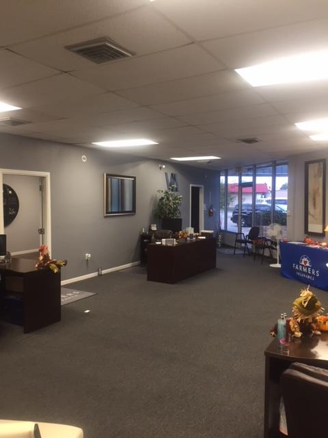 A photo of the inside of the Farmers Insurance John Valdes office!